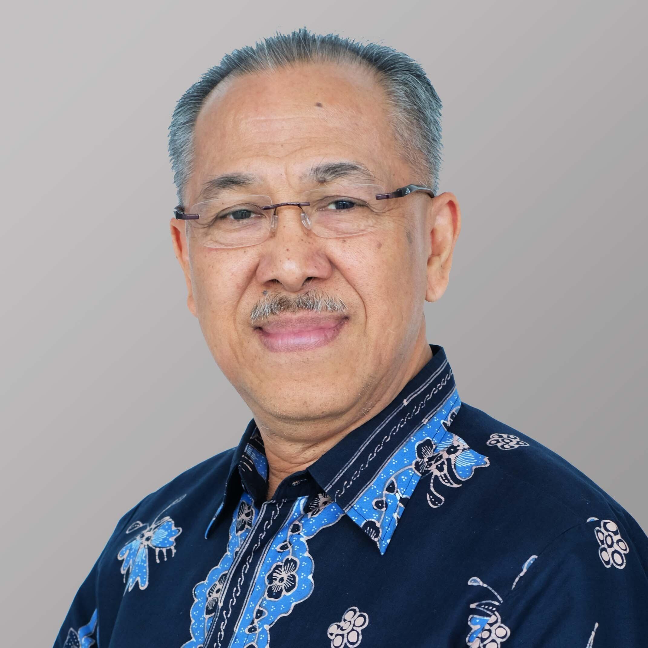 Dr. Ir. Iwan P. Pontjowinoto, MM, CFP®